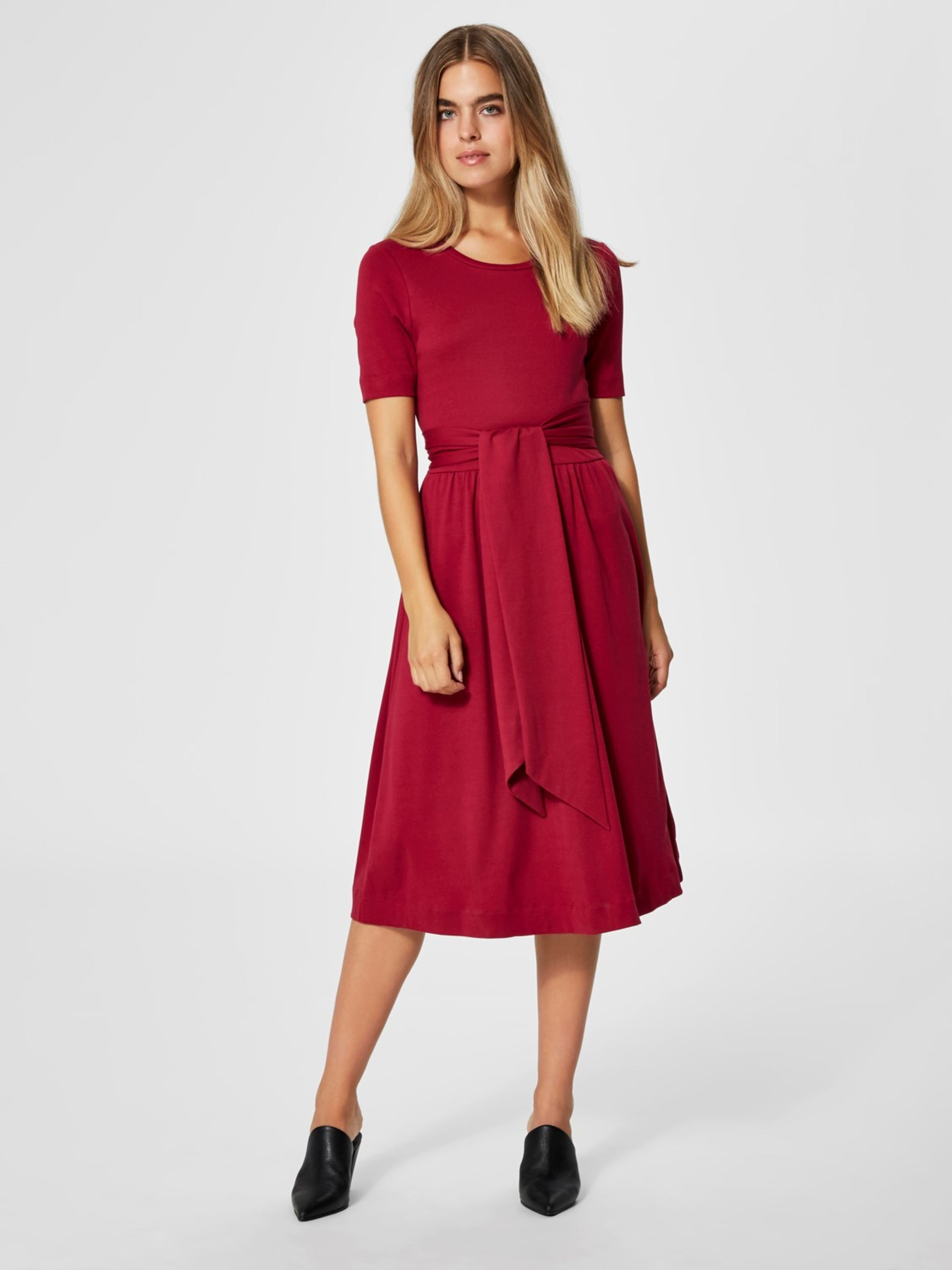e50d720504b1 ... Selected Femme - Kjole - Abina Jersey Dress - Beet Red ...