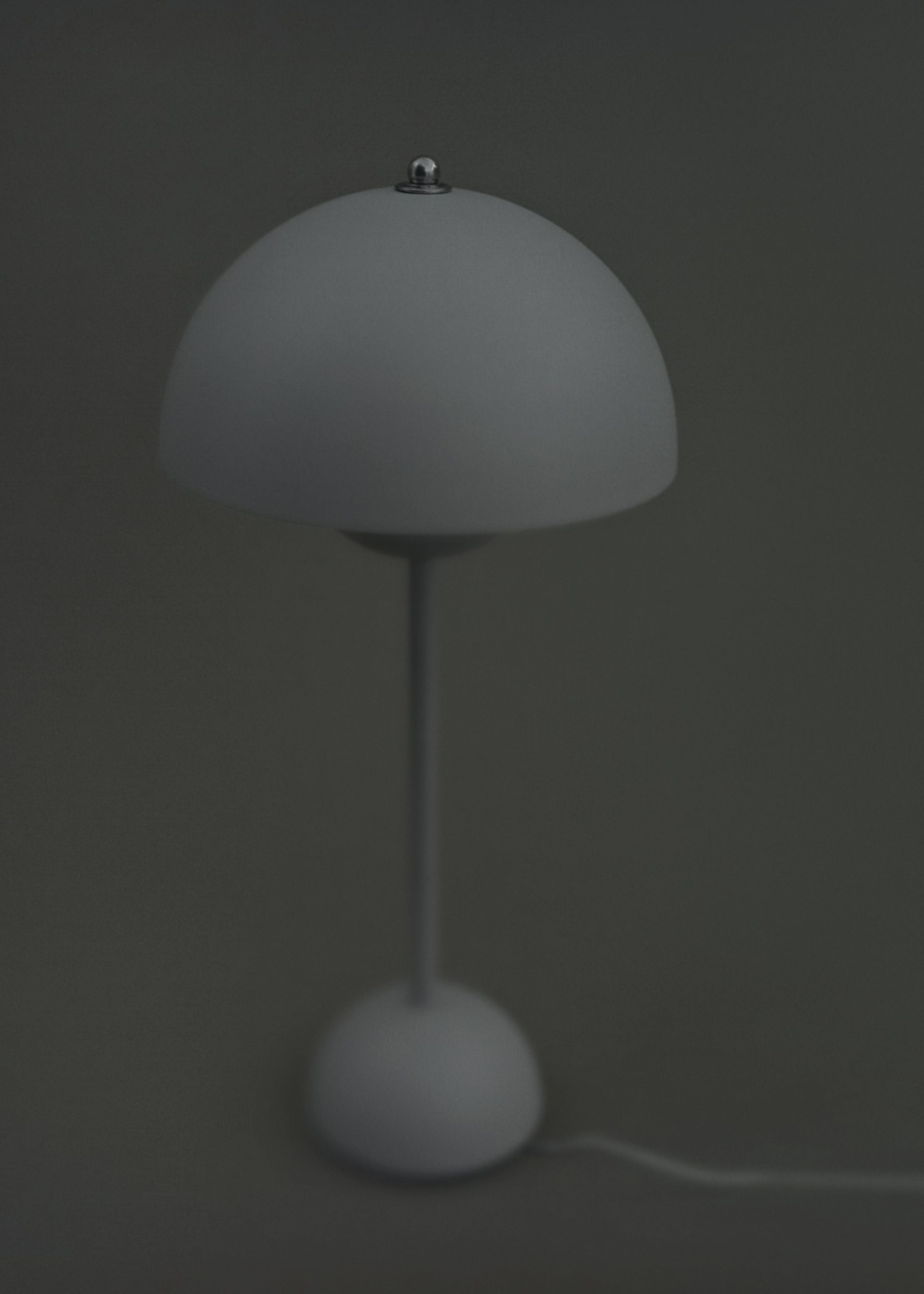 Picture of: Flowerpot Table Lamp Vp3 By Verner Panton Table Lamp Tradition