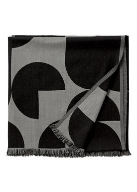 AYTM - Tæppe - FORMA jacquard throw - Black/Grey
