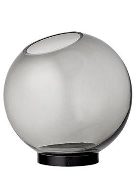 AYTM - Vase - Vase w/stand - Black Large