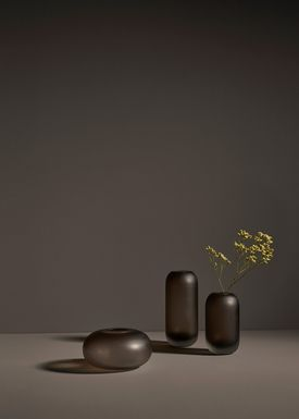 AYTM - Vase - Vase - Wide - Walnut