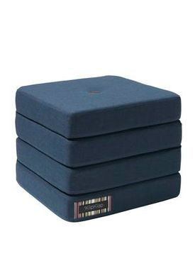 By KlipKlap - Mattress - KK 4 fold w. buttons - Dark blue w black buttons