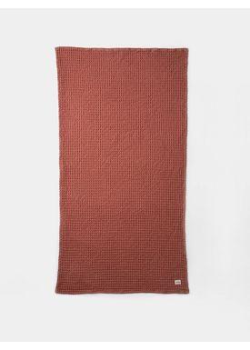 Ferm Living - Towel - Organic Bath Towel - Rust