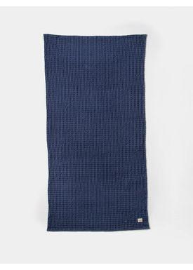 Ferm Living - Towel - Organic Bath Towel - Dark Blue