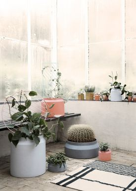 Ferm Living - Jar - Outdoor Pot - Light Grey - Large