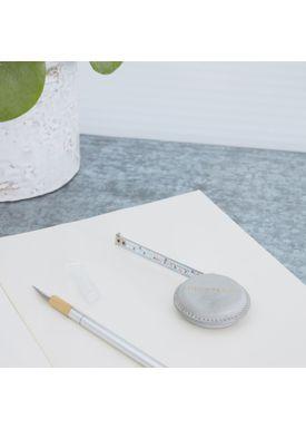 House doctor - Tape Measure - Leather Measure - Light Grey