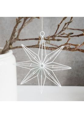 House Doctor - Wall Belt - Metal Star Ornament - 8 points - White