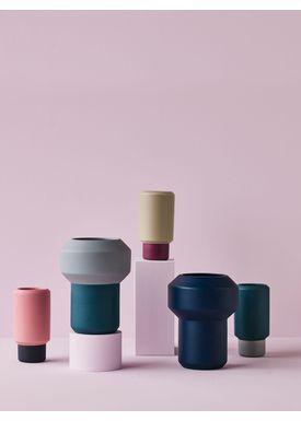 Lucie Kaas - Vase - Fumario Vase - Pink/Dark Grey