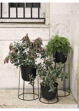 MENU - Vase - Wire Pot - Black