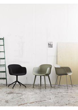 Muuto - Chair - Fiber Chair - Tube Base - Leather/black Silk
