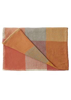 Muuto - Carpet - Loom Blanket - Tangerine