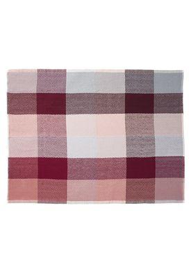 Muuto - Carpet - Loom Blanket - Red