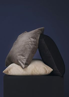 New Works - Cushion - Velvet Cushion - By Malene Birger - Grey
