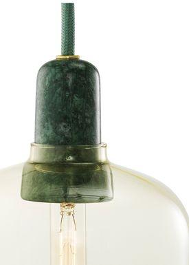 Normann Copenhagen - Lampe - Amp Lamp - Small - Gylden/Grøn marmor