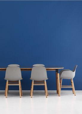 Normann Copenhagen - Chair - Form Chair - Grey/Oak
