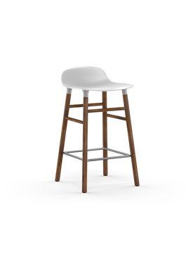 Normann Copenhagen - Stol - Form Barstool - 65 cm - Hvid/Valnød