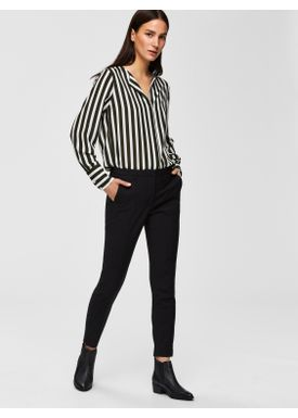 0150382d ... Selected Femme - Pants - SLFmuse Fie Cropped Mid Waist Pants - Black