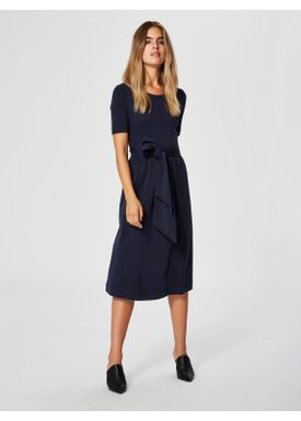 Selected Femme - Klänning - Abina Jersey Dress - Dark Sapphire