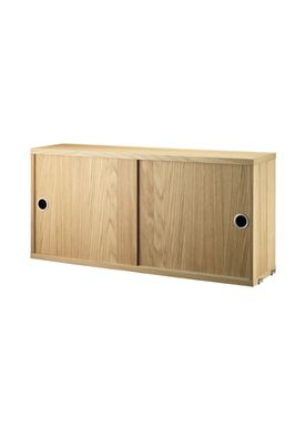 String - Skab - Cabinet w/ Sliding Doors - Small - Oak