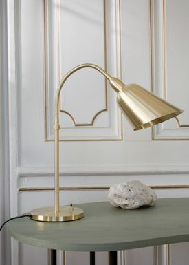 &tradition - Table Lamp - Bellevue / AJ8 by Arne Jacobsen - Brass