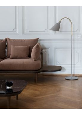 &tradition - Floor Lamp - Bellevue / AJ7 by Arne Jacobsen - Grey Beige & Brass