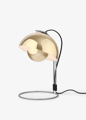 &tradition - Lamp - Flowerpot table lamp - VP4 by Verner Panton - VP4 - polished brass
