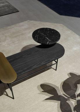 &tradition - Coffee Table - Palette Table / JH6 / JH7 / JH8 - Brass, black Nero Marquina marble, black stained ash / JH7