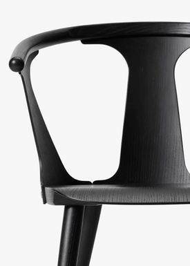 &tradition - Chair - In Between Chair / SK1 / SK2 - Black lacquered oak / SK1