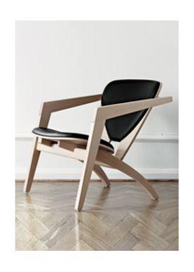 Wegner - Lænestol - Butterfly Chair - GE 460 - Eg. med sort victory læder